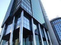 Fassade des reflektierenden Gebäudes Lizenzfreie Stockfotos