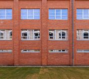 Fassade 01 des roten Backsteins lizenzfreies stockfoto