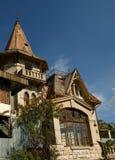 Fassade des ruinierten Landhauses Lizenzfreies Stockbild