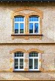 Fassade eines alten Hauses mit Fenster zwei Lizenzfreie Stockfotografie