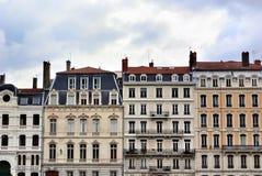 Fassade eines antiken Gebäudes, Lyon, Frankreich Lizenzfreie Stockfotos
