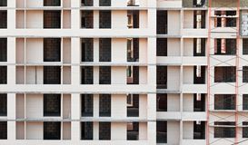Fassade eines Gebäudes im Bau Lizenzfreie Stockfotos
