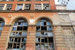 Fassade eines verlassenen Industrieunternehmens lizenzfreie stockfotografie