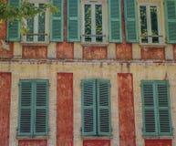 Fassade im Rot stockfotos