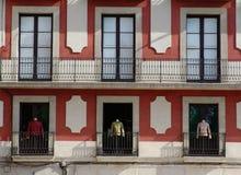 Fassade mit Schaukasten Stockfotografie