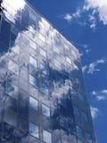 Fassade mit Sonnenkollektoren Stockbilder