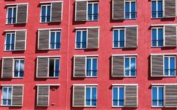 Fassade und Fenster Stockfoto