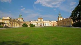 Fassade von altem Royal Palace in Warschau stock footage