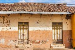 Fassade von bunten Häusern im historischen Bezirk Granada in Ni Lizenzfreies Stockfoto
