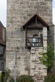 Fassaden Architektur und Fenster von Rahmengebäuden Stockfotos