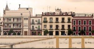 Fassaden der alten Häuser Stockbild