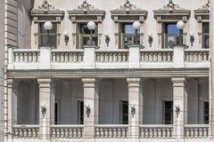 Fassaden von Belgrad - nationales Theater-Gebäude-Front-Balkon Lizenzfreie Stockfotografie