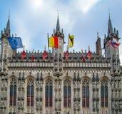 Fassadendetail an Rathaus in Brügge, Belgien lizenzfreies stockfoto