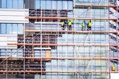 Fassadenwärmedämmungsarbeiten lizenzfreies stockfoto