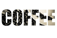 Fassen Sie KAFFEE über Kaffeebohnen und Kaffee in der weißen Schale auf hölzernem ab Lizenzfreies Stockfoto