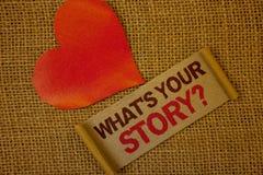 Fassen Sie Schreibenstext ab, was \ 'S Ihre Geschichten-Frage Geschäftskonzept für Connect teilen Zusammenhang-Verbindungs-Lavend lizenzfreie stockfotos