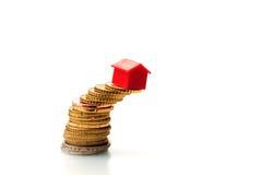 Fast einstürzende Grundbesitzfinanzierung Stockfotos