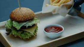 Fasta food hamburgeru menu rozkazu kucharza porci posiłek zbiory