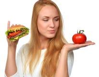 Fasta food pojęcie Smakowita niezdrowa hamburger kanapka Obraz Royalty Free