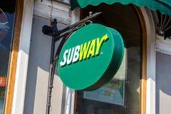Fasta food restauracyjny Amerykański metro Obrazy Royalty Free