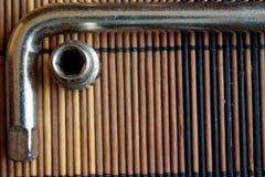 Fastenerson гаечного ключа с Torx гнездом на деревянной предпосылке, части ключа Стоковое Фото