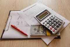 Fastighet och hem- försäkringbegrepp home försäkring Royaltyfria Bilder