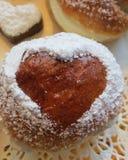 Fastlags bullar broodjes met room Royalty-vrije Stock Afbeeldingen
