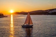 Fastställd segling för sol Royaltyfri Fotografi