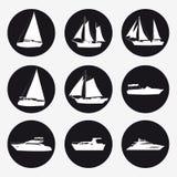 Fastställda symboler sänder, nöjefartyget, hastighetsfartyget, kryssningskeppet, den lyxiga yachten på svart bakgrund för diagram vektor illustrationer