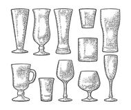 Fastställt tomt glass öl, whisky, vin, gin, rom, tequila, champagne, coctail royaltyfri illustrationer