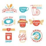 Fastställda retro tappninglogoer för coffee shop, testång Logo med fruktsaft, smoothies Royaltyfria Foton