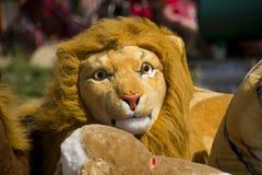 Faszerujący miękkiej części zabawki lew Zdjęcia Royalty Free