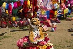 Faszerujący miękkiej części zabawki tygrys Fotografia Stock