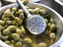 faszerujący zieleni olivas Zdjęcia Royalty Free