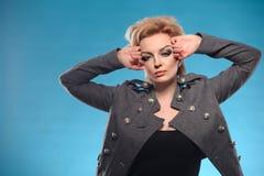 Fatale blond de femme Images stock