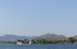 Fateh Sagar. One of the string of lakes that runs through the heart of Udaipur, Rajasthan Stock Images
