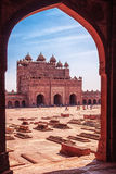 Fatehpur Sikri - Courtyard Palace with Tombs, arch Royalty Free Stock Photography