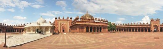 Fatehpur Sikri, India, il 17 novembre 2011: Panorama di alta risoluzione della tomba Salim Chishti Immagini Stock Libere da Diritti