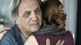 Free Father And Daughter Hugging Close Up View Stock Photography - 153705132