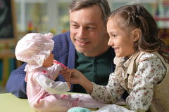 Free Father And Daughter Play Royalty Free Stock Images - 80494489