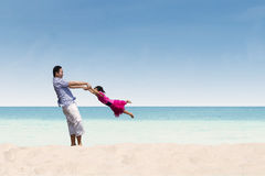 Father and daughter happy time at beach Royalty Free Stock Photography