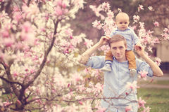 Father holding his son Royalty Free Stock Photography