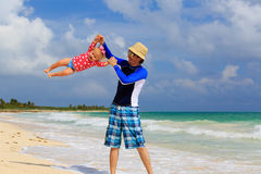 Father and little daughter having fun on summer Royalty Free Stock Photography