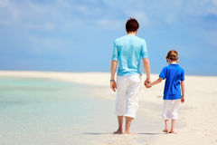 Father and son on beach vacation Royalty Free Stock Photography
