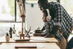 Father and son drawing with tablet Stock Photography