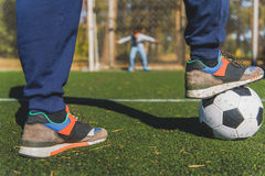 Father and son playing football Royalty Free Stock Photos