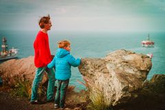 Father and son travel looking at nature. Family travel Royalty Free Stock Images