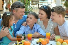 Father and sons having breakfast Royalty Free Stock Photos