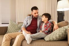 Free Father Talking To His Sad Little Son At Home Stock Images - 147708834
