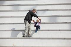 Fatherhood ativo Fotografia de Stock Royalty Free